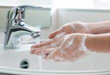 Як правильно мити руки та скільки часу на це витрачати