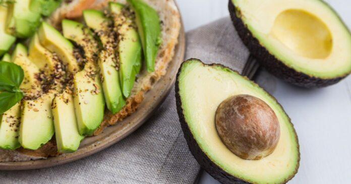 Як їсти авокадо